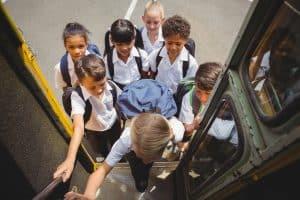 הסעות תלמידים בחולון